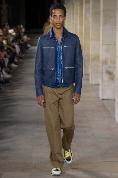 Wannes sophisticatedly hovering for Hermès SS18 Paris